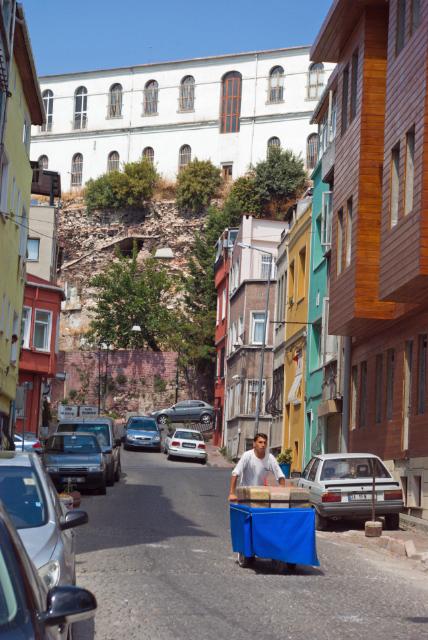 sellerman, sultanahmet streets, pentax k10d, istanbul