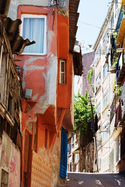 houses from Balat, Balat evleri, Balat-Fener, Golden horn, Haliç, İstanbul, pentax k10d