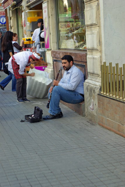 street performer, Beyoğlu-İstanbul