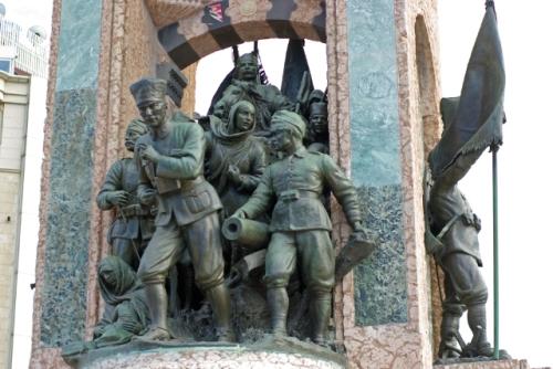 Taksim square, Ataturk monument, Taksim meydanı Atatürk anıtı, İstanbul, pentax k10d