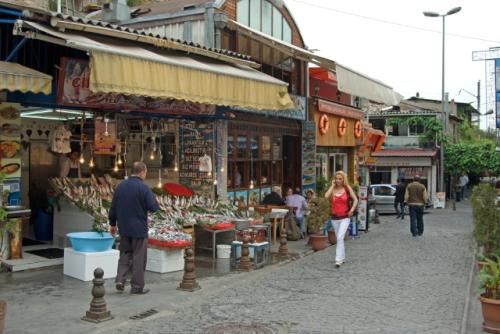 fisher market on Samatya square, Samatya meydanında balıkçılar,  İstanbul , pentax k10d
