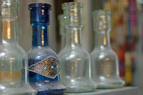 Glass bottles, cam şişeler, Çemberlitaş, İstanbul, pentax k10d