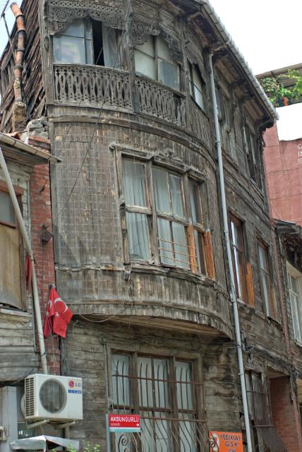wooden house, Yedikule, İstanbul, pentax k10d