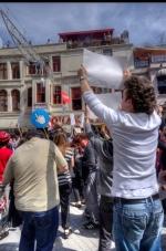 istanbul_taksim_internet_sansur_2011_05_15_2