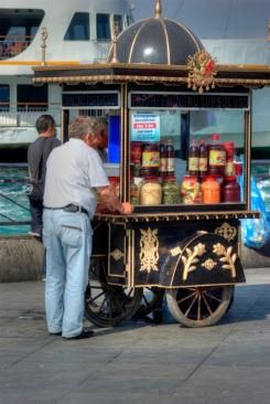 istanbul_eminonu_2011_06_27-1