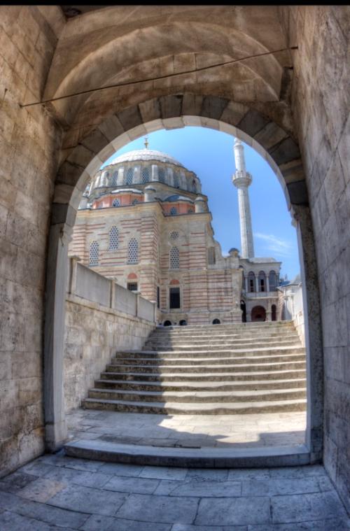 Laleli Camii, Laleli Mosque, pentax k10d, by ozgur ozkok