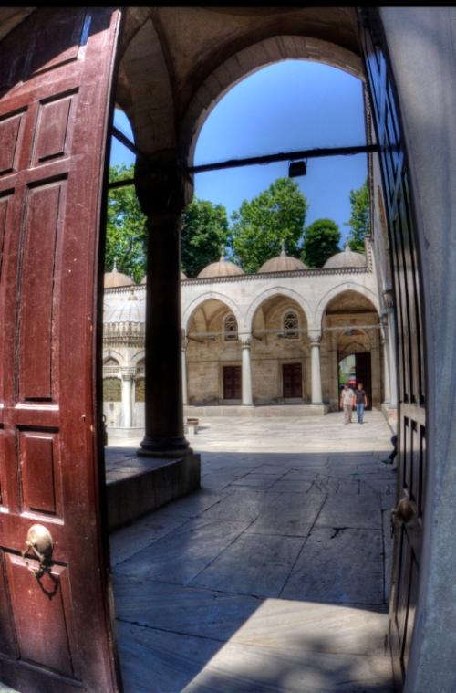Yeni Valide Camii, Yeni Valide Mosque, Üsküdar-Istanbul, pentax k10d, by ozgur ozkok
