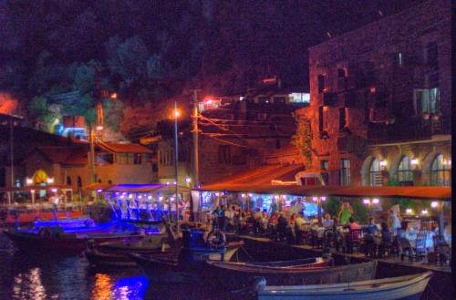 Assos-Behramkale, Canakkale, Turkey-Turkiye , pentax kx, by ozgur  ozkok