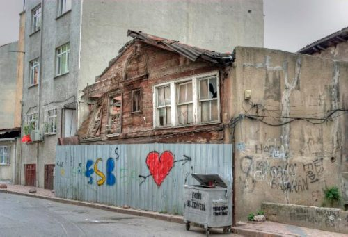 streets of Balat, Balat sokakları, Istanbul , pentax k10d, photo by ozgur ozkok