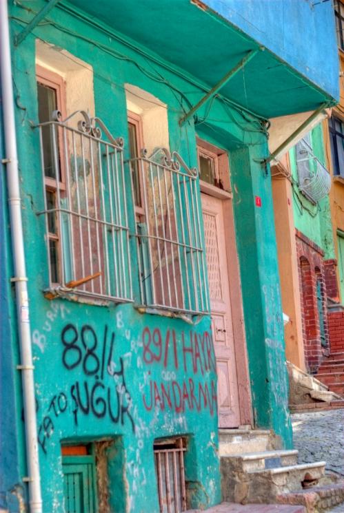 old fabric houses of Balat, Balat evleri,  İstanbul-Türkiye,  pentax k10d, photos by ozgur ozkok