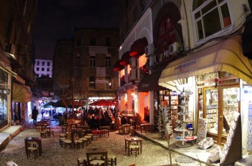 Beyoğlu-İstanbul, pentax k5, photos by ozgur ozkok