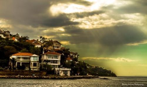 İstanbul-Burgazda island, photo by Berkay Gülüm