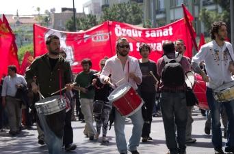 Taksim-İstanbul, TKP, 1 Mayıs 2012 , pentax k5, photos by ozgur ozkok