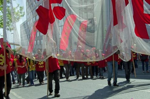 istanbul_1_mayis_2012_taksim_tkp_ozgurozkok-6
