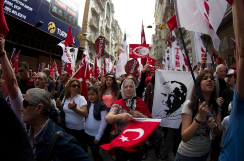 Commemoration of Atatürk , National Youth and Sports Day  ,  (Atatürk'ü Anma Gençlik ve Spor Bayramı), 19.Mayis.2012, Taksim-İstanbul, pentax k5, photos by ozgur ozkok