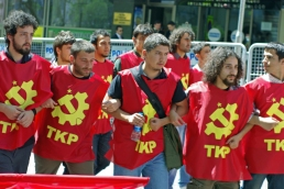 1_mayis_taksim_istanbul_ozgur_ozkok_2010 (11)
