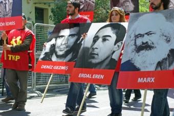 1_mayis_taksim_istanbul_ozgur_ozkok_2010 (41)