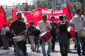istanbul_1_mayis_2012_taksim_tkp_ozgurozkok (1)