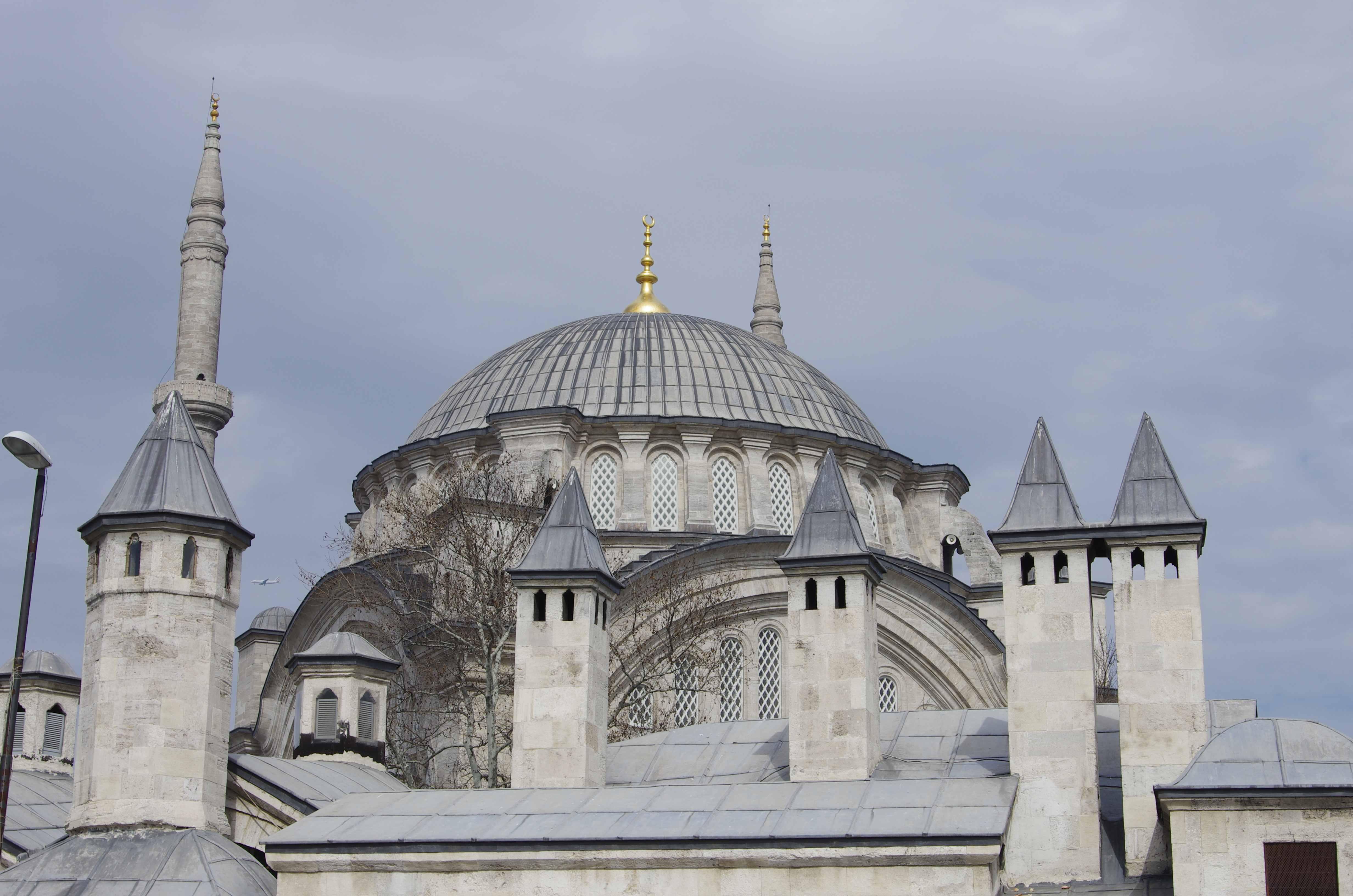Cemberlitas  Istanbul through my eyes