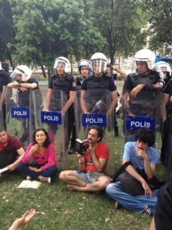 occupy_istanbul_taksim_diren_gezi_park (39)